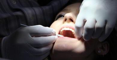sensibilidad en los dientes durante la lactancia
